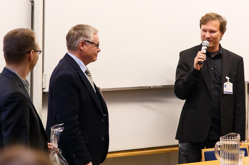 KNF-yhdistyksen kunniajäsen, dosentti Juhani Partanen, HUS